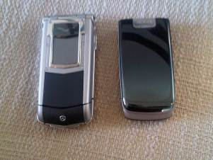 Vertu Ayxta compared to Nokia 660 Flip 1