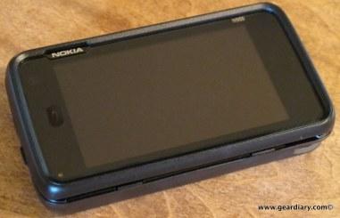 geardiary-otterbox-nokia-n900-commuter-series-case-6
