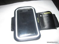 Gear Diary Belkin Dualfit Armband As a Droid Case photo
