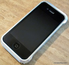 geardiary_element_vapro_case_for_iphone4-1