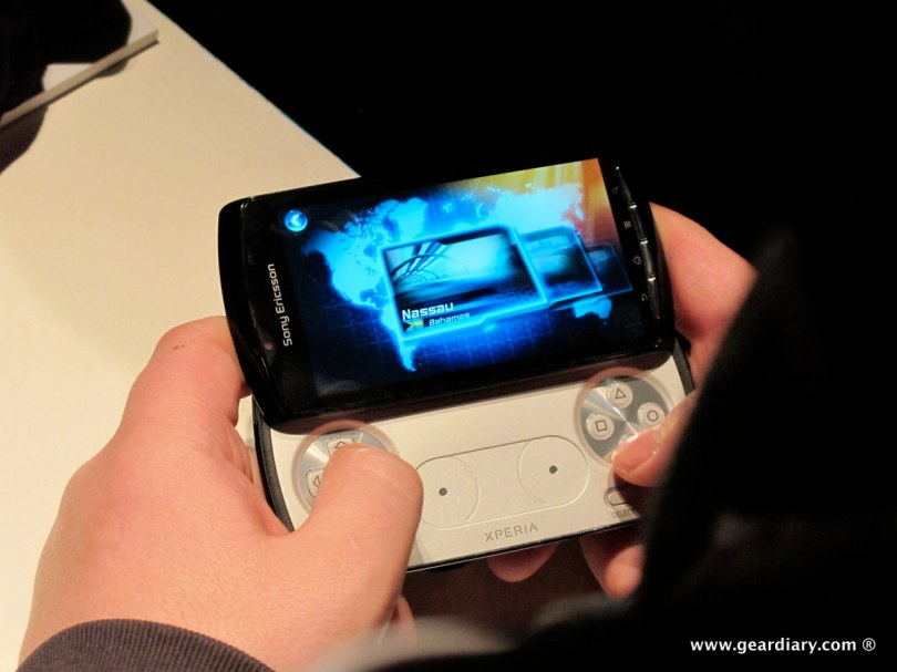 geardiary-chipchick-sony-ericsson-mobile-word-congree-pro-neo-play-102