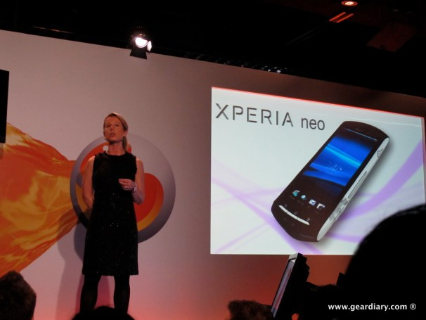 geardiary-chipchick-sony-ericsson-mobile-word-congree-pro-neo-play-15