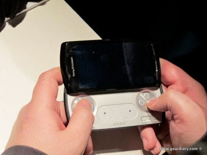 geardiary-chipchick-sony-ericsson-mobile-word-congree-pro-neo-play-94