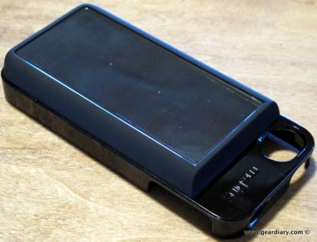 geardiary-eton-mobius-solar-battery-pack-3
