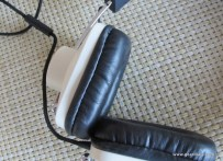 Gear Diary Eskuché 33i and Control i Headphones Review photo
