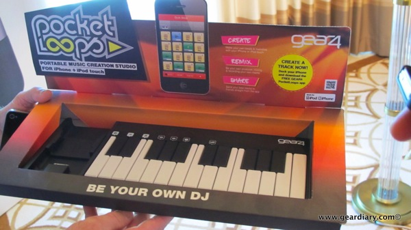 geardiary-ces2012-gear4-042.JPG
