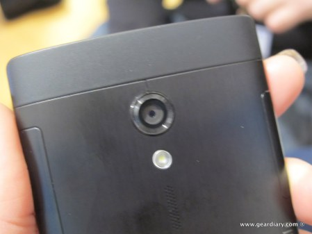 geardiary-sony-xperia-ion-and-xperia-p-mobile-phones-8