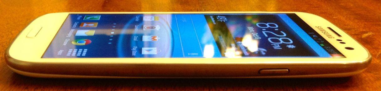 Samsung Galaxy S III 4
