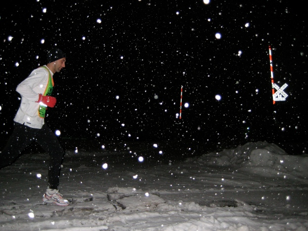 winter-night-run