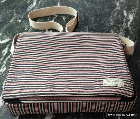 HEX Fleet Messenger Bag