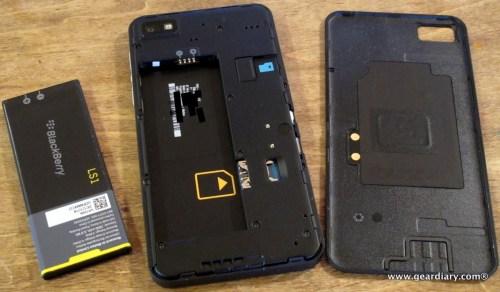 18-geardiary-blackberry-z10-smartphone-017
