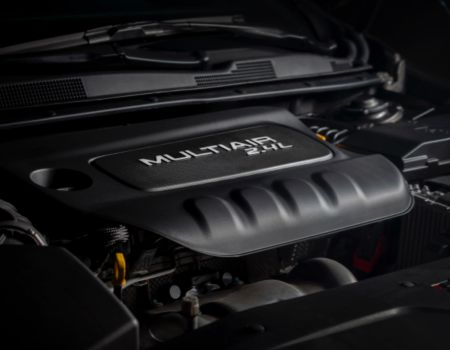 2015Chrysler200engine