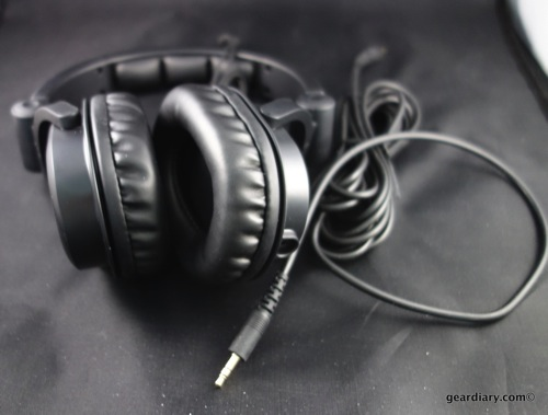04 Gear Diary Monoprice Headphones Feb 6 2014 5 08 PM 03