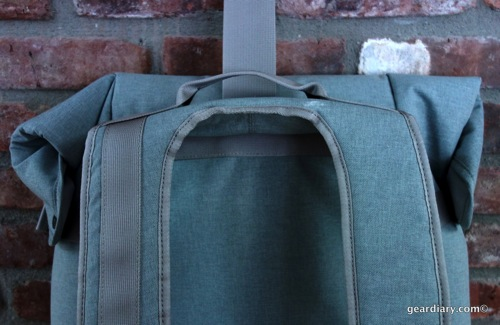 Gear-Diary-Bluelounge-Backpack.00.jpeg