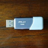 PNY Turbo 3.0 Flash Drive 02
