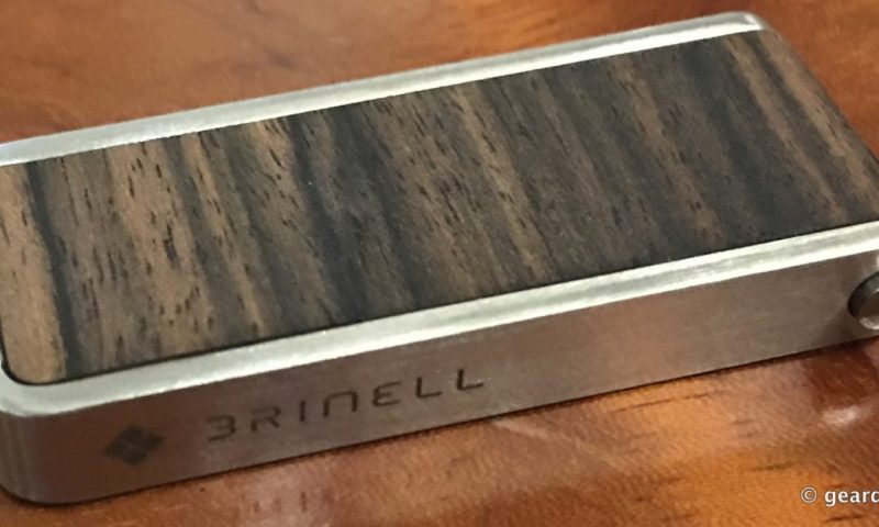 05-Gear Diary Reviews the Brinell Stick Single Action Wood USB 3.0 Flash Drive-004