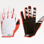 gloves-won-red