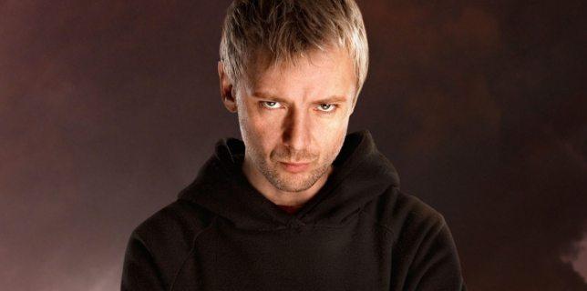 Doctor-Who-The-End-of-Time-Part-One-john-simm-9577659-1440-900