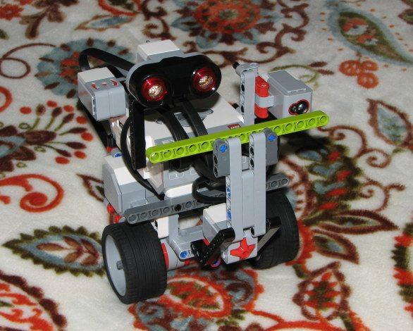 Lego Mindstorms EV3 robot. Image: Maryann Goldman