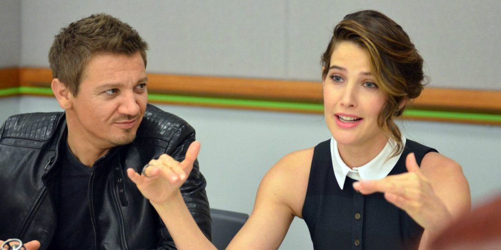 Jeremy Renner and Cobie Smulders - Photo: Jana Seitzer / MerlotMommy.com