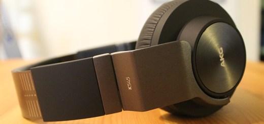 AKG K545 Headphones
