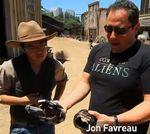 El director de Cowboys vs Aliens ayuda a Freeddy Wong en Cowboys and FreddyW #Video #Humor