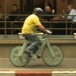 En Brasil ya existe una motocileta que recorre hasta 500 km con un litro de agua