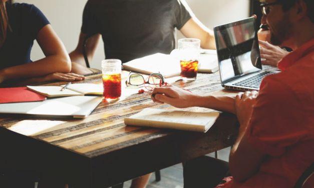 El 80% de las empresas que ofrecen empleos consulta los perfiles de candidatos en las redes sociales