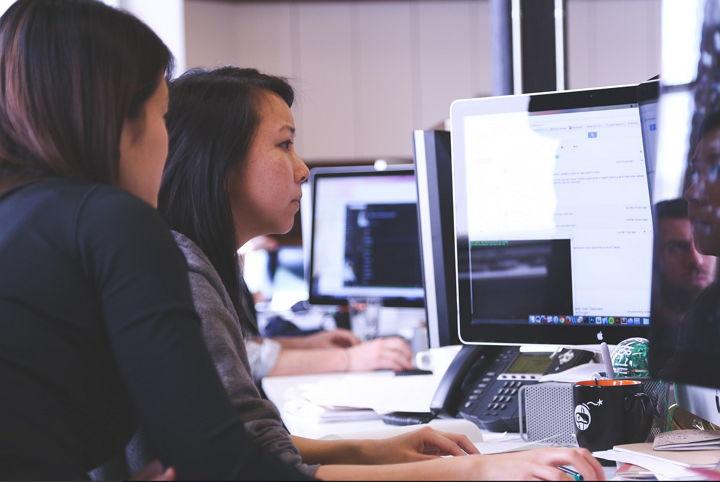 AT&T preparándose para el futuro piensa que sus empleados deben educarse y modernizarse o no podrán competir