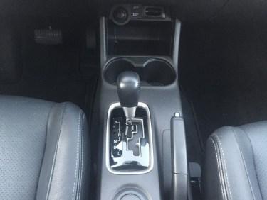 2016-Mitsubishi-outlander-055