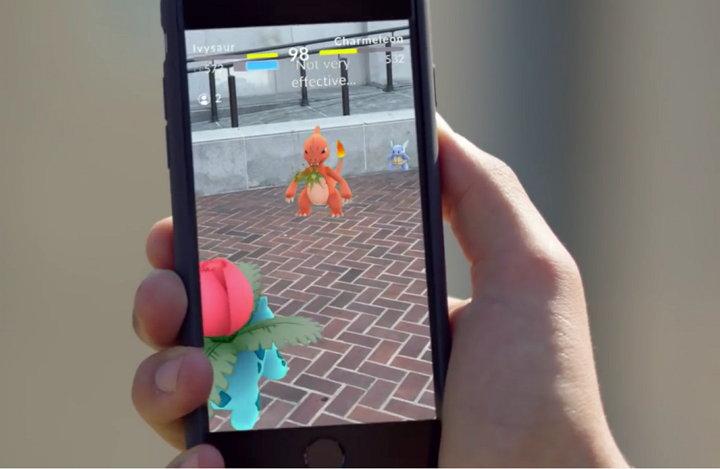 Estudio devela que varios son los jugadores de Pokémon Go que juegan mientras conducen un vehículo