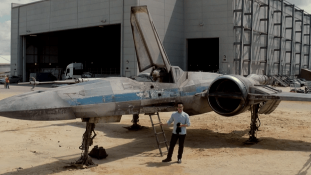Abrams with X-wing Fighter (click to enlarge)
