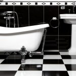 8 Gentlemen's Bathroom Essentials