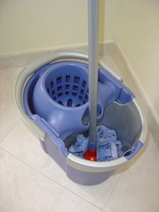 360px-Janitor's_bucket_with_mop