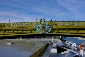 paris-bridge