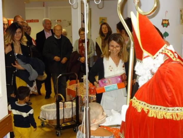 (7)Distribution NANCY-Hôpital d'enfants St Nicolas- LIONS Club