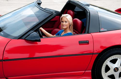 lauren-dorsett-corvette