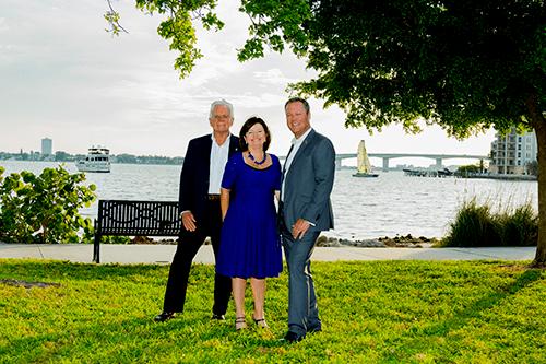 SaraBay Real EstateMike & Judy Holderness Barry & Sherry Grooms