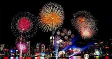 «Симфония огней» в Гонконге