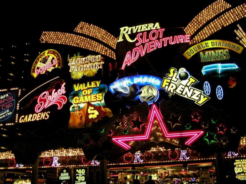 Неоновые огни Лас-Вегаса, США