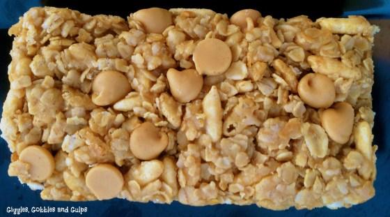 Easy Peanut Butter Pretzel Granola Bars - Giggles, Gobbles and Gulps