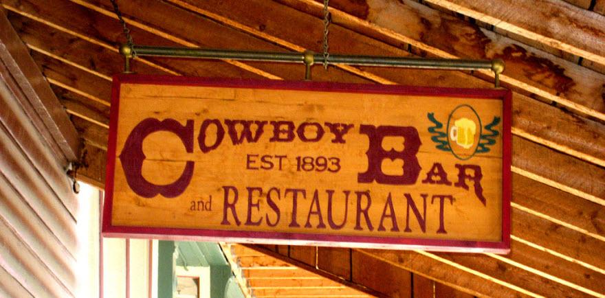 Cowboy Bar in Meeteetse
