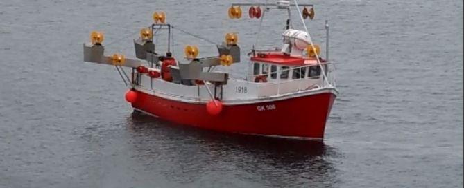 mackerel fishingboat