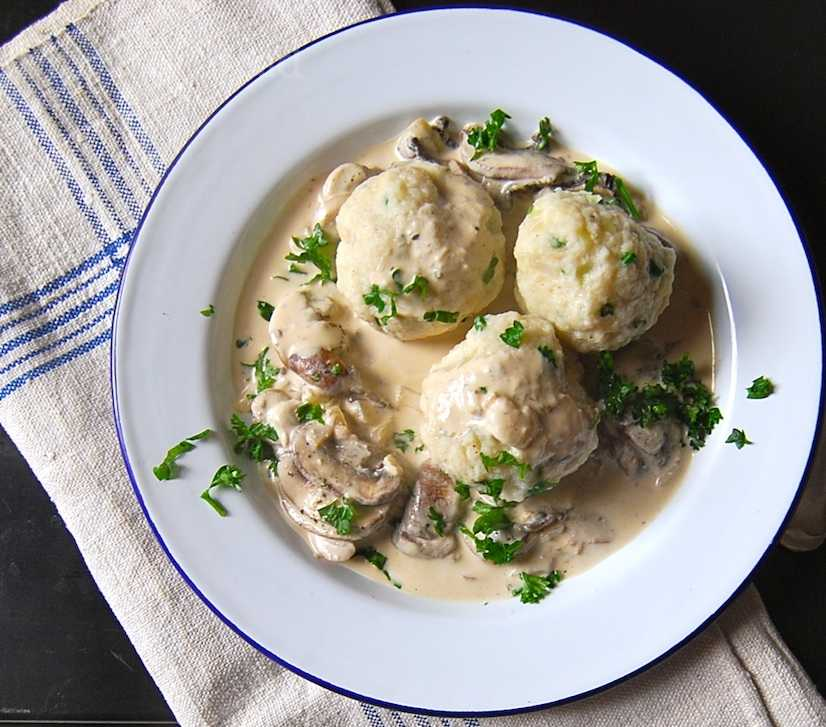 Dumplings with Mushrooms for a Vegetarian Winter Feast