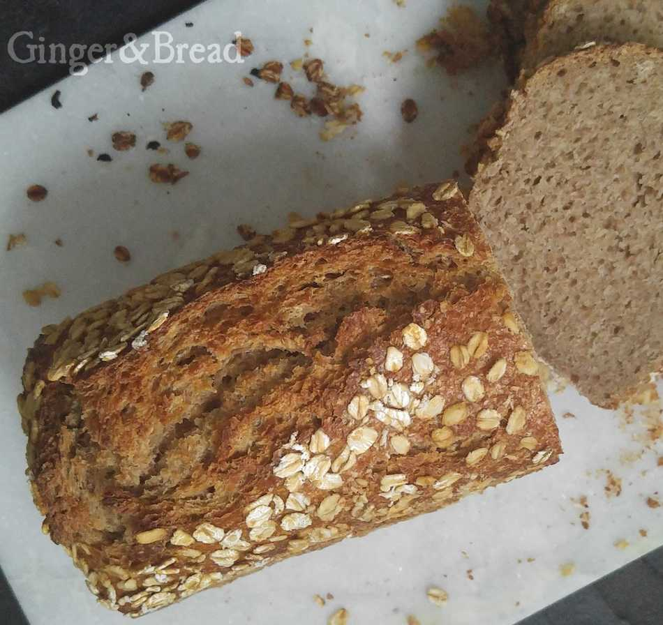 fourgrain-loaf-detail
