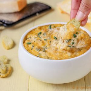 Cheesy Crab and Jalapeño Dip