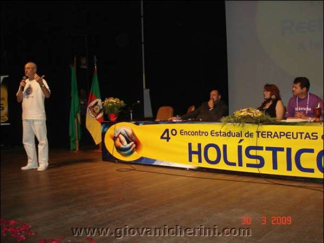 4-Encontro-Estadual-Terapeutas-Profissionais-Holisticos-porto-alegre (189)