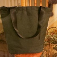 Review: Incase Heathered Tote Bag