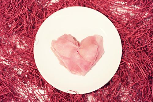 もはや普通に可愛いハートに盛りつけされたガリ【エイプリルフール企画2016】のフリー写真素材(商用可)