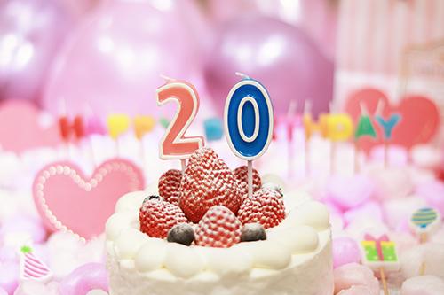 【写真スタンプ】めっちゃ可愛い♡年齢別に送れるオシャレな誕生日画像をリリースしたよ!のフリー写真素材(商用可)